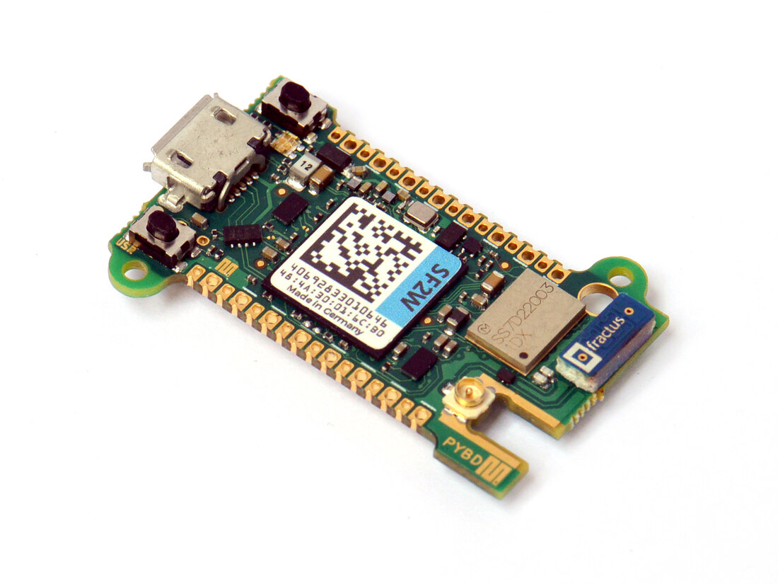 Pyboard D-series with STM32F722 and WiFi/BT